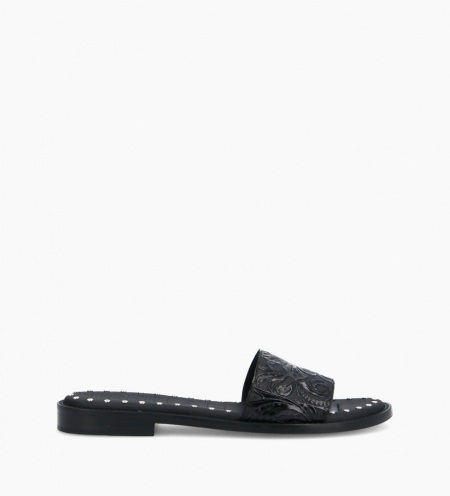 Flat sandal LENNIE - Embossed leather with floral motif - Black