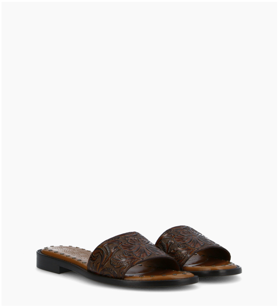 FREE LANCE Flat sandal LENNIE - Embossed leather with floral motif - Brown