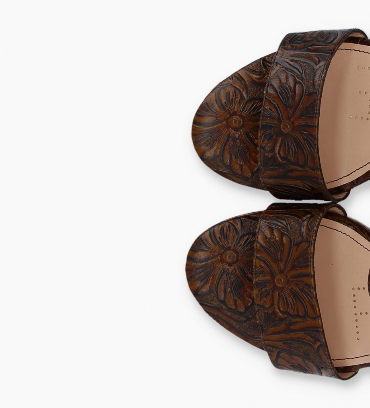 FREE LANCE Sandale compensée TINA 7 - Cuir embossé à motifs fleuris - Marron