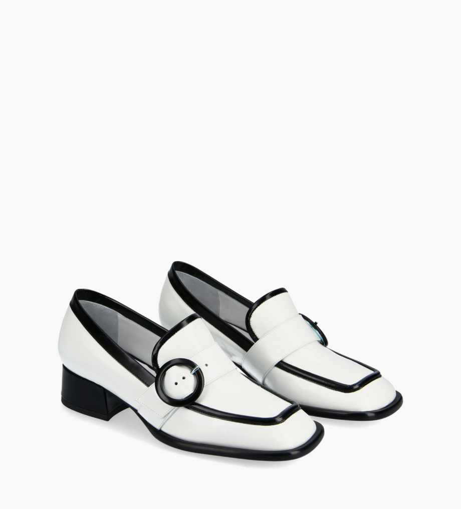 FREE LANCE Squared loafer with buckle - Fin 35 - Glazed leather - White/Noir