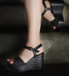 ALBY 7 WEDGE SANDAL - CROCO FIRST/CANVAS - NOIR/NOIR