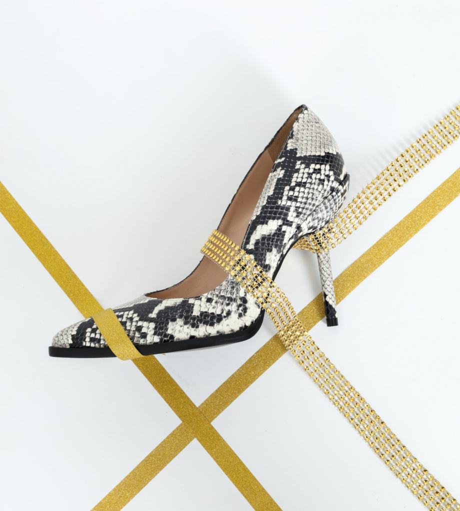 FREE LANCE Pump with pointed toe and stiletto heel JAMIE 10 - Python-print leather - White/Black