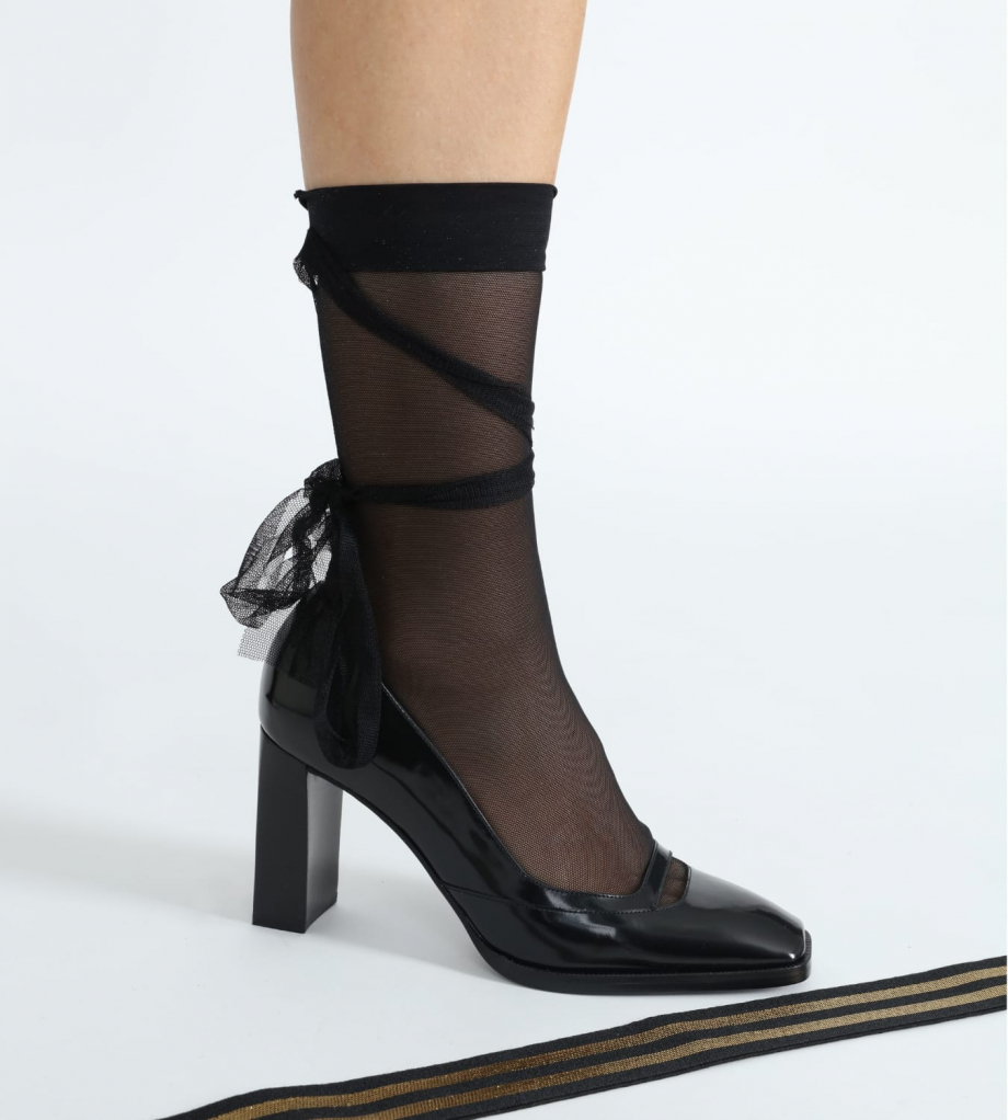 FREE LANCE Pump with with square toe and straight heel JULY 8 - Glazed leather - Black