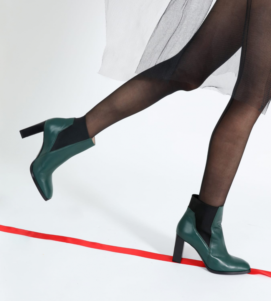 FREE LANCE Ankle boot with with square toe and straight heel JULY 8 - Nappa leather - Dark green
