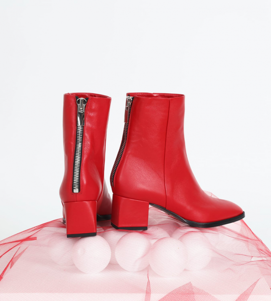 FREE LANCE Ankle boot with square heel and back zip ZOEY - Nappa leather - Red